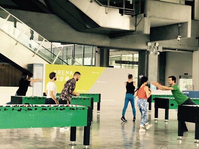 《透明》選自臺北市立美術館特展《社交場》─孫尚綺